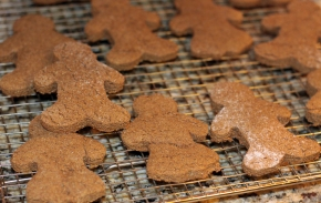Whole Wheat Soft Gingerbread Cookies
